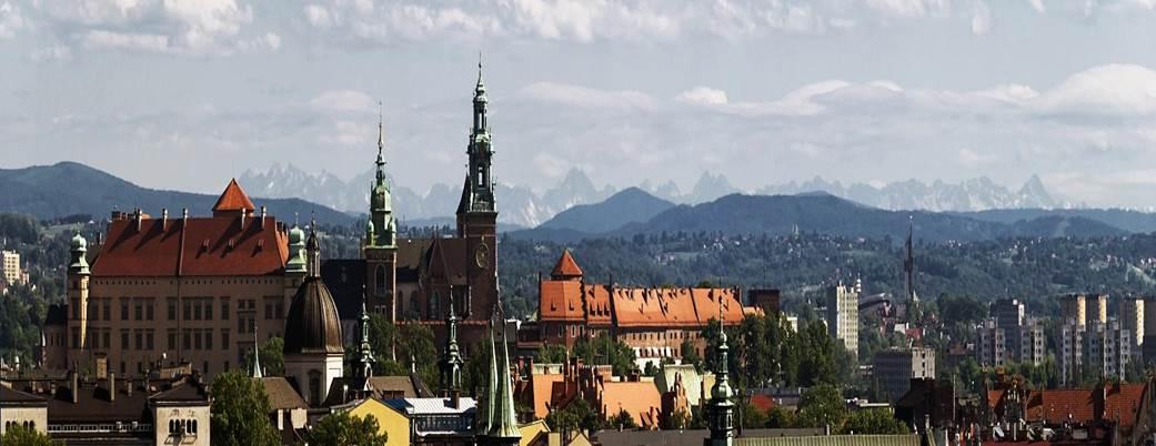 <beautyfull Cracow-Tatra sight. Ownerships Leszek Zawiejski>